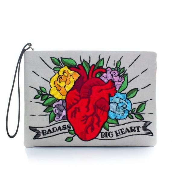 CORAZON-POUCH-FRONT