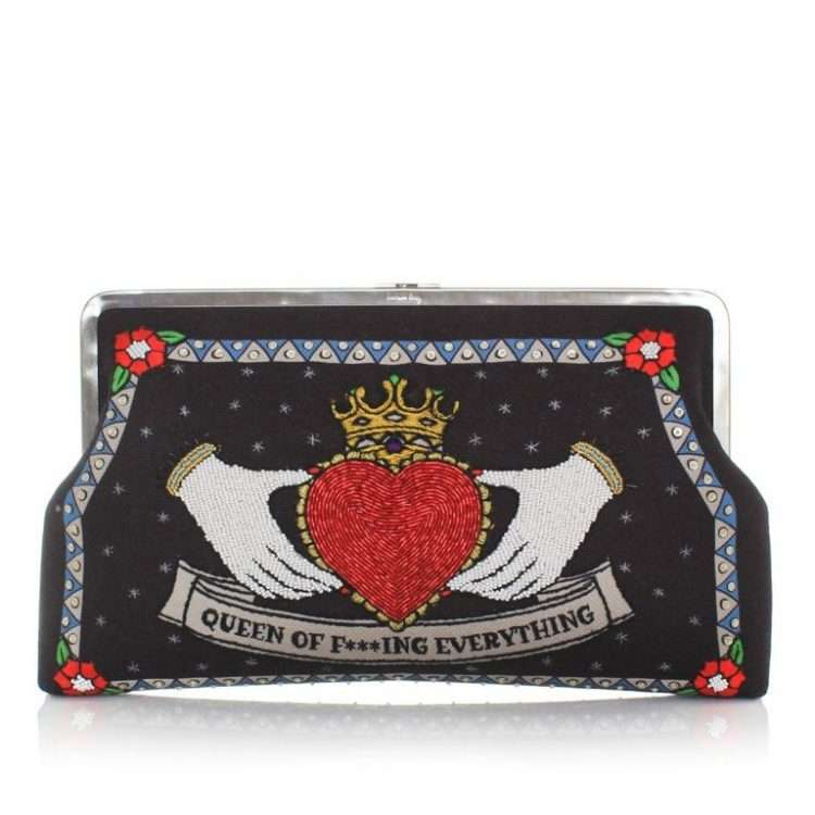 QUEEN BLACK CLUTCH ME FRONT