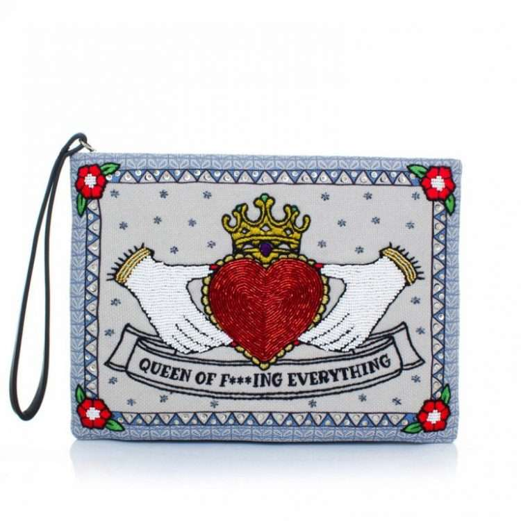 QUEEN POUCH FRONT