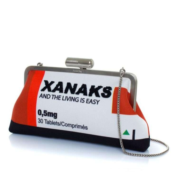 XANAKS RED CLASSIC SIDE
