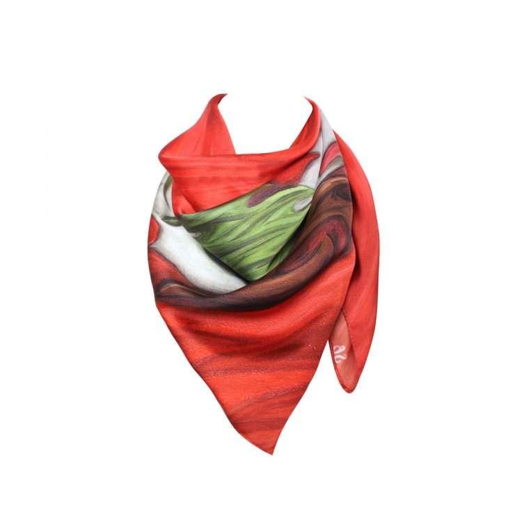 midi-scarf-flag-neck