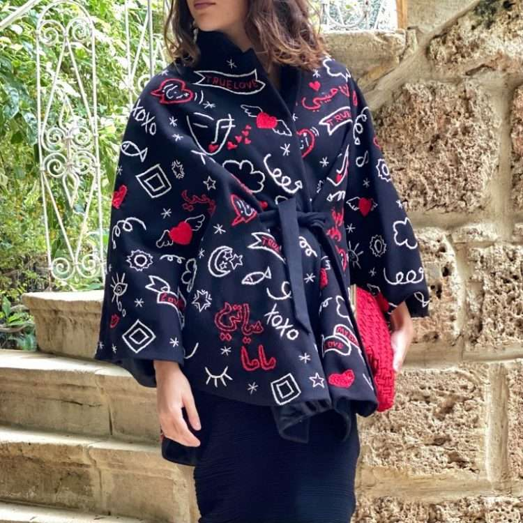 BABY LOVE BLACK WOOL CAPE FRONT