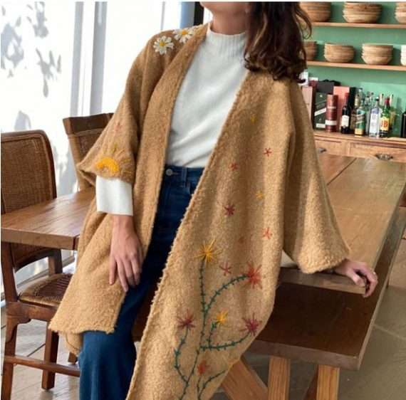 BLOOM BEIGE WOOL WRAP SIDE