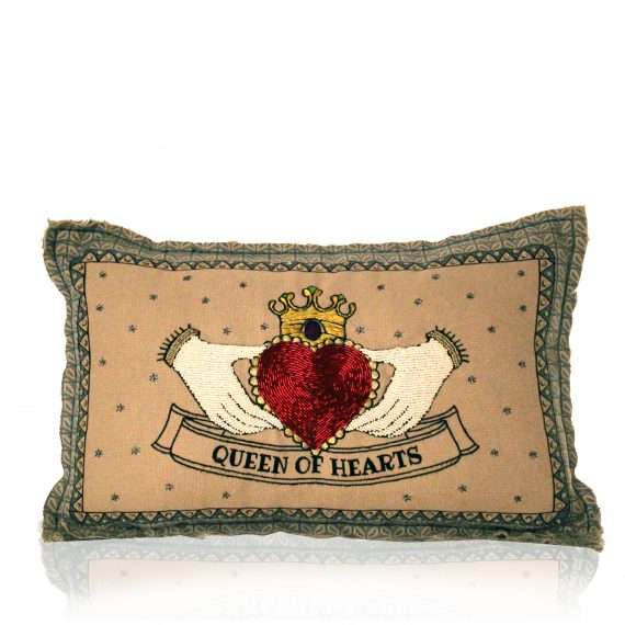 Queen-Cushion-f-