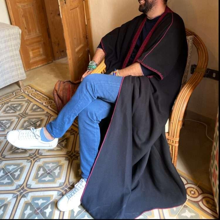 Jog Abaya burgundy on Black