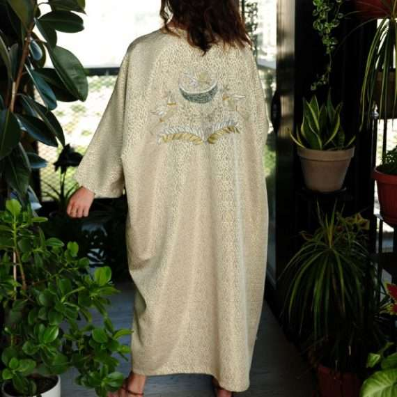 Birds-Baraka-Silver-&-Gold-on-Gold-Nouf-Abaya-back