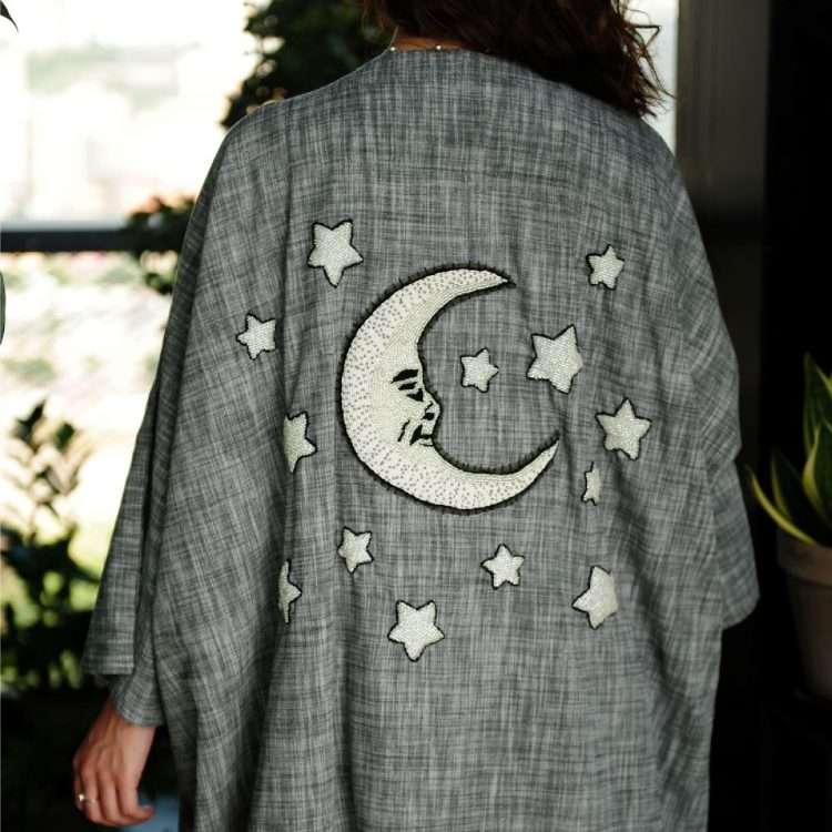 Moon Loulou on Grey nouf abaya back close up