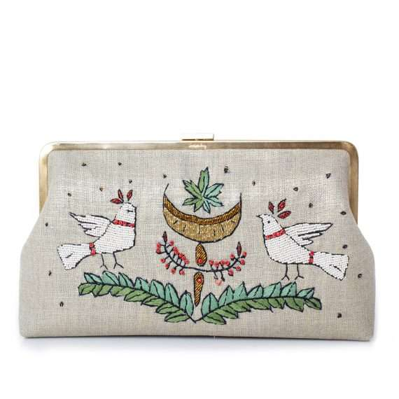 birds-gold-clutch-me-front