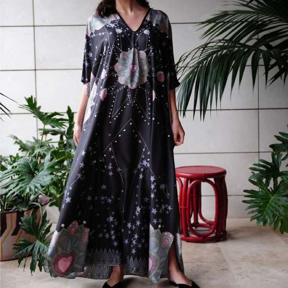 love-dealer-black-silk-kaftan-front